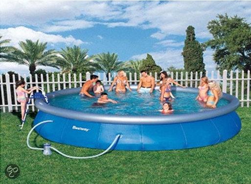 Bestway fast set opblaasbaar zwembad 549 cm for Filterpomp zwembad