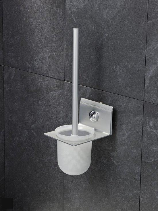 Everloc Toiletborstel met houder in Heerensloot / Hearresleat