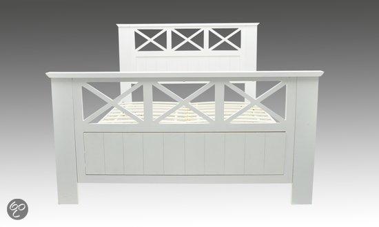 bol.com  vidaXL Bed 2-persoons houten bed 180 x 200 cm 240049  Wonen
