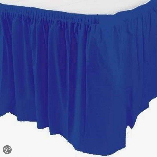 Blauwe tafelrok in Genemuiden