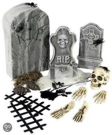 Halloween 24-delige kerkhof decoratie set met grafstenen in Stramproy