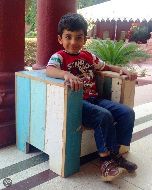 Otentic design stoel kinderstoel kubus sloophout wonen for Kubusgordijnen