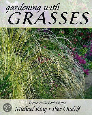 Gardening with grasses michael king piet for Gardening with grasses piet oudolf