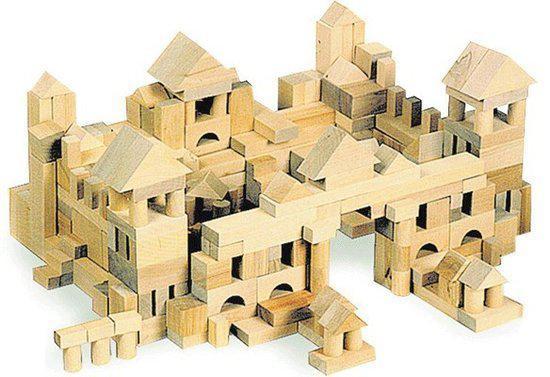 Zak met 100 houten blokken in Bree