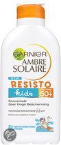 Garnier Ambre Solaire Resisto Kids Beschermend SPF 50+ - 200 ml - Zonnemelk
