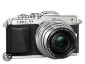 Olympus PEN E-PL7 + EZ-M 14-42mm Pancake Zoom Kit  - Systeemcamera - Zilver