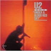 Under A Blood Red Sky (Deluxe Edition CD+DVD)