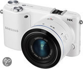 Samsung NX2000 + 20-50mm + losse flitser (SEF8A) - Systeemcamera - Wit