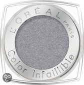L'Oréal Paris Color Infallible - 015 Flashback Silver - Zilver - Oogschaduw