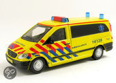 Bburago 1:50 ambulance Mercedes Benz vito
