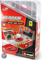 Burago Ferrari Met Toebehoren