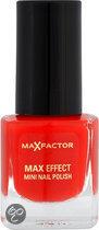 Max Factor Max Effect - 11 Red Carpet Glam - Rood - Mini Nagellak