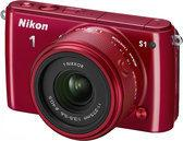 Nikon 1 S1 + 11-27.5mm NIKKOR VR - Rood