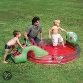 Kinder zwembad interactief met watersproeier en glijbaan