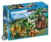 Playmobil Triceratops met Jong - 5234