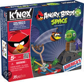 K'NEX Angry Birds Space Starter - Cosmic Bubbles vs. Medium Minion Pig