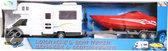 Gearbox Camper met speedboot op trailer rood
