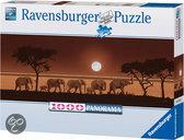 Ravensburger Panorama Puzzel - Olifanten Op De Savanne
