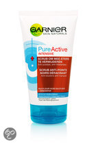 Garnier Skin Naturals Pure Active Scrub om mee-eters te verwijderen