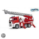 Bruder Man Brandweerwagen met Draailadder