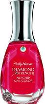 Sally Hansen Diamond Strength No Chip - 360 Diamonds & Rubies - Nailpolish
