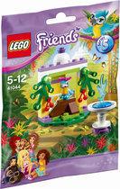 LEGO Friends De Fontein van Papegaai - 41044