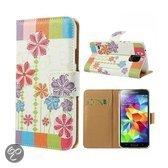 Samsung Galaxy S5 Wallet Stand Case Artistic Flower Design
