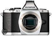Olympus OM-D EM-5 Body - Systeemcamera - Zilver