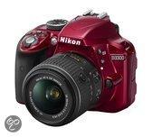 Nikon D3300 + 18-55 VR II - Spiegelreflexcamera - Rood