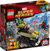 LEGO Super Heroes Captain America vs Hydra - 76017