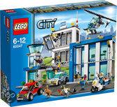 LEGO City Politie Politiebureau - 60047