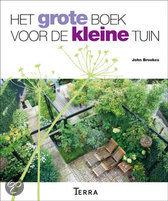 Cover van het boek 'Het grote boek voor de kleine tuin'