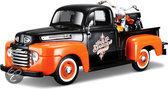 Maisto Ford F-1 1948 Pickup Met Harley Davidson 1958 Flh Dou Glide schaal 1:24 (zwart/oranje)