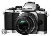 Olympus OM-D E-M10 + 14-42mm - Systeemcamera - Zilver