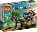 LEGO Kingdoms Redding Uit De Gevangeniswagen - 7949