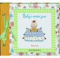 P.Oud Baby's eerste Jaar Boek