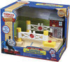 Fisher-Price Thomas de Trein Hout Luxe Spoorovergang
