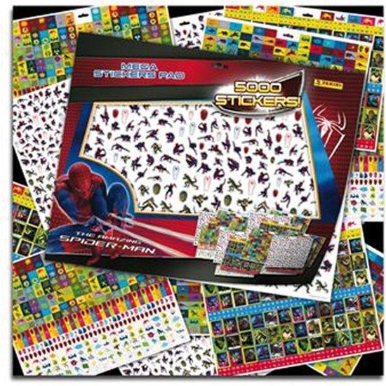 Mega Sticker Spider-Man in Jonas