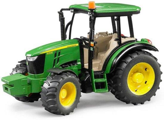 Tractor Bruder John Deere 5115M in Erondegem