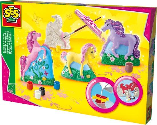 SES Gieten en schilderen - 3 paarden in Herkenrade
