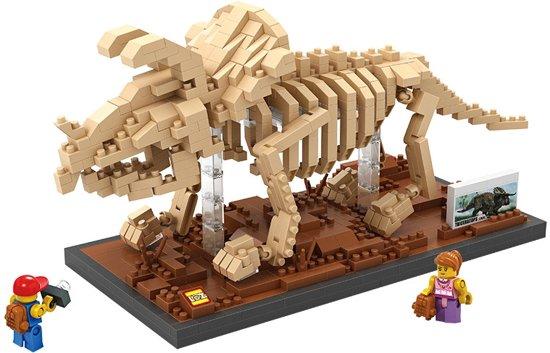 Triceratops, een imposante dinosaurus van nanoblocks, vergelijkbaar met mini- lego* in Driedorp