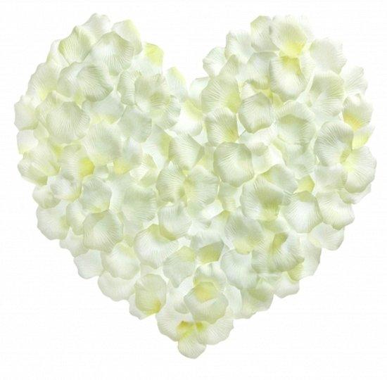 Witte rozenblaadjes 500 stuks in Kuitaart