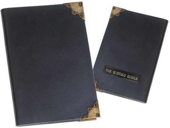 Harry Potter Tom Riddle's Diary Replica in Luttre