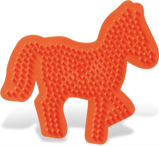 Strijkkralen bord SES: paard (00796) in Zuidschote