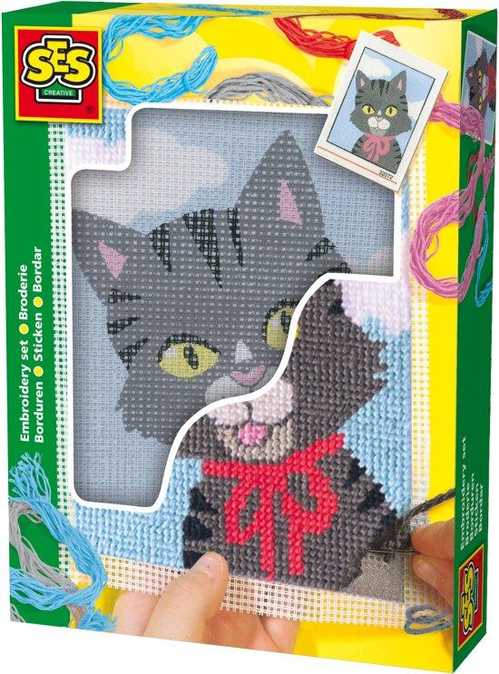 Ses Borduren Kat in Boussoit