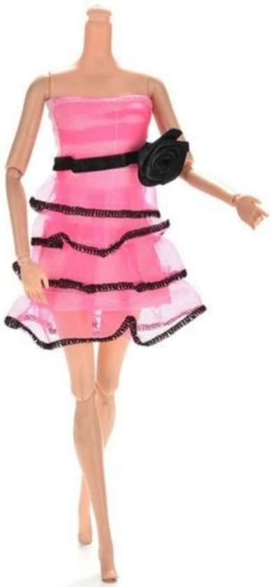 NBH® - Roze met zwarte bloem avondjurk voor de Barbie pop in Laplaigne