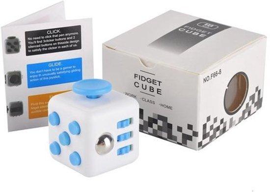Fidget Cube | Stress Verminderende Speel Kubus | Vinger Friemel Kubus | Stress Bal | Rage van 2017 | 14 verschillende kleuren & motieven in Dhuy
