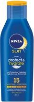 NIVEA Verzorgende -  SPF 15 - 200 ml - Zonnemelk