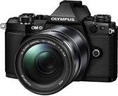 Olympus OM-D E-M5 Mark II + 14-150mm - Systeemcamera - Zwart