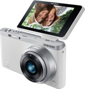 Samsung NX Mini + 9 mm - Systeemcamera - Wit